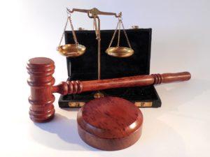 クーリングオフの根拠法律
